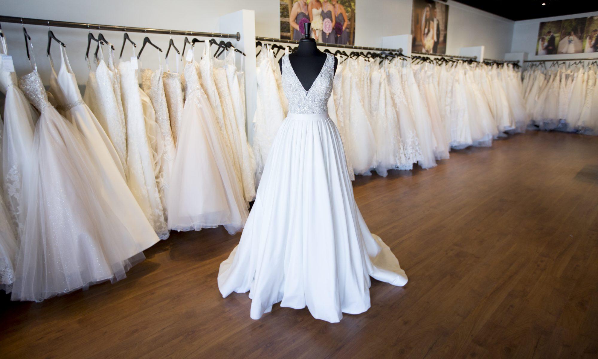 Gracie\'s Bridal - Bridal, Prom, Tuxedos & more - Springfield MO